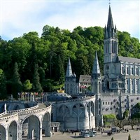 Lourdes by coach, no overnight travel